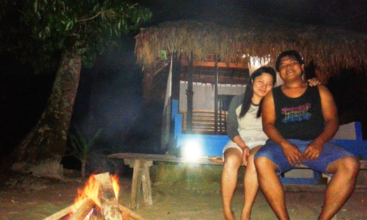 And at night, you can do crab hunting and bonfire while talking about the stars and the moon. <3