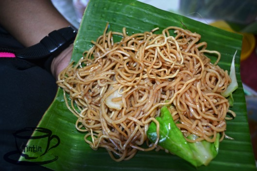 Pancit Habhab. The best delicacy of Lucban, Quezon served in a piece of banana leaf. Where you need to eat it without utensils.